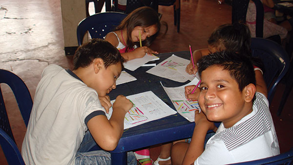 Colombia Children Studying