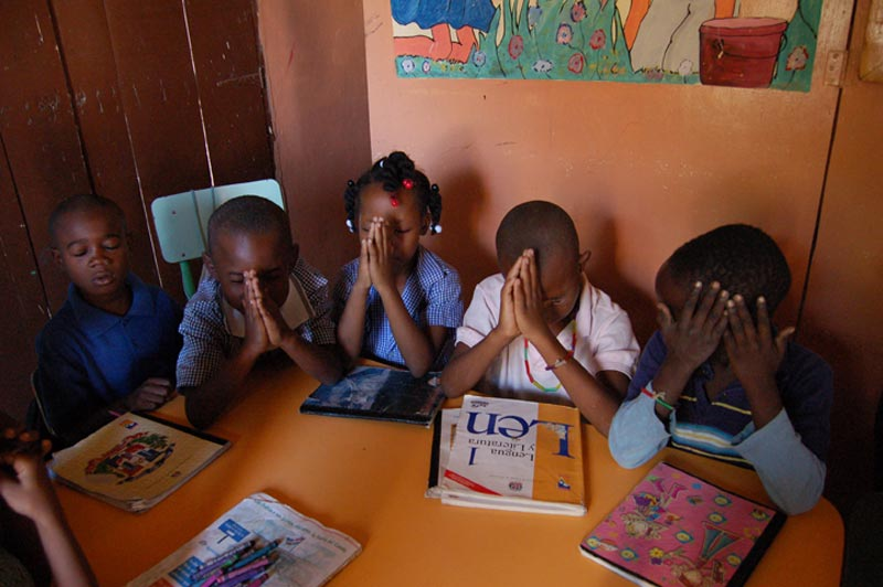 Dominican Republic Children Praying Before Their Lesson