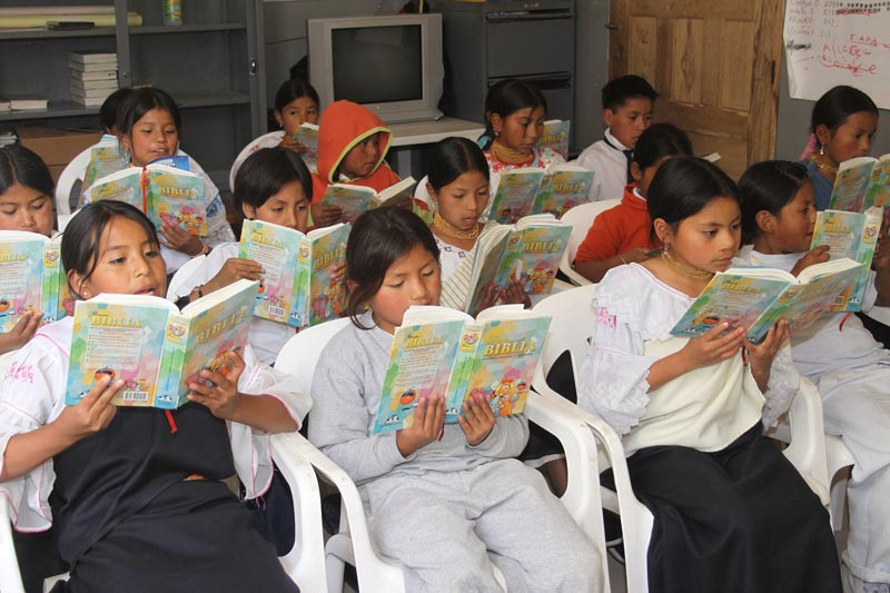 Ecuador Children Reading the Bible