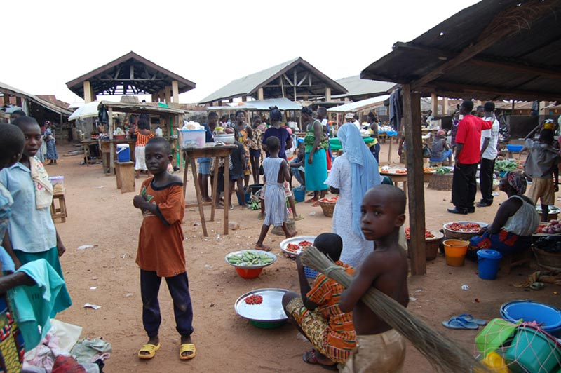 Ghana Children in the Marketplace