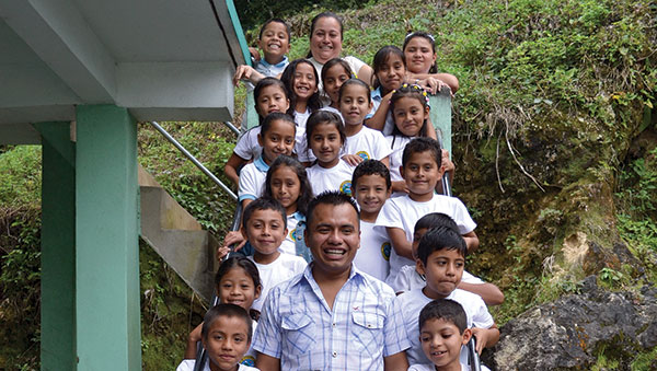 Guatemala Children Outside Project