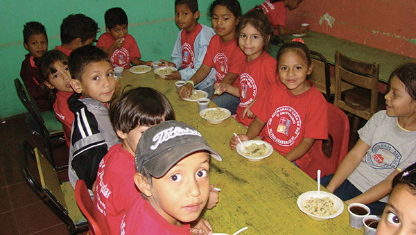 Honduras Children Eating