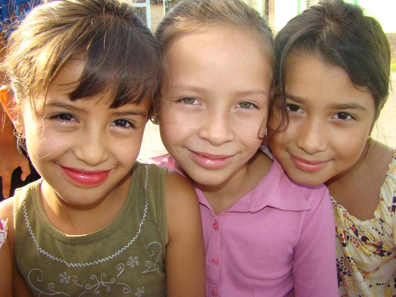 Honduras Three Girls Closeup