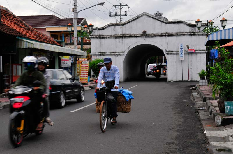 Indonesia bike on busy road