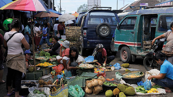 Indonesia busy marketplace