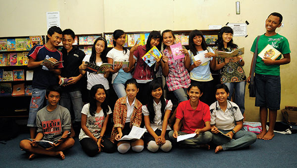 Indonesia children with books