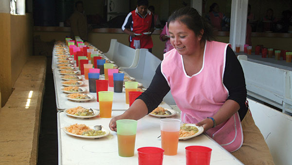 Mexico Women Serving Food