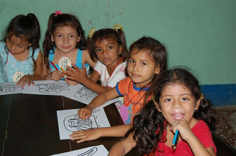 Nicaragua Girls Coloring Pictures