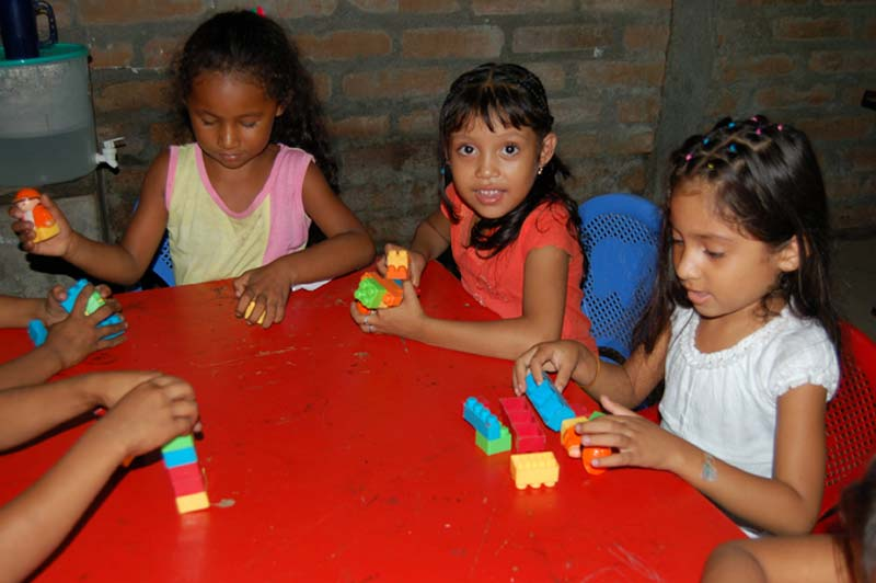 Nicaragua Girls Playing With Blocks