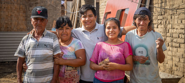 A family from Peru lost everything when an earthquake struck their community